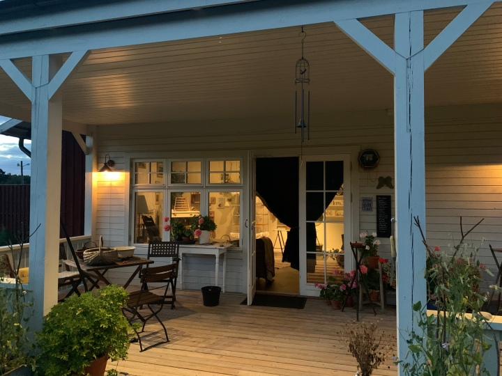 Funderingar på verandan